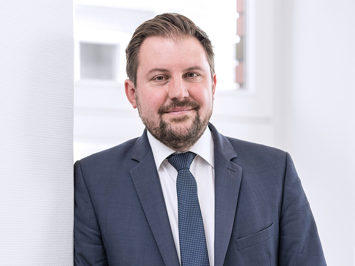 Tilman Rönneper, Rechtsanwalt
